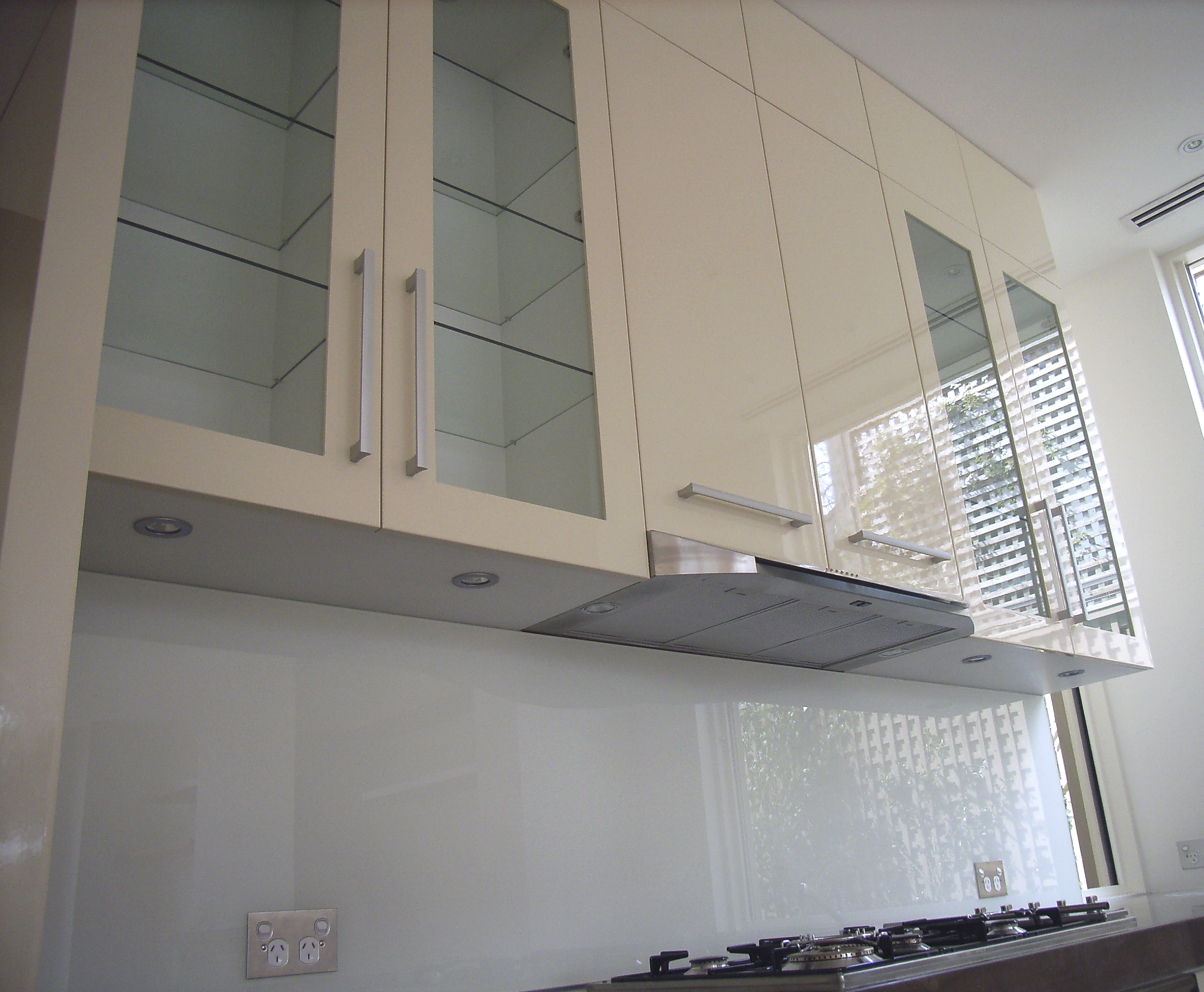 click for zoom - Kitchen Overhead Cabinets